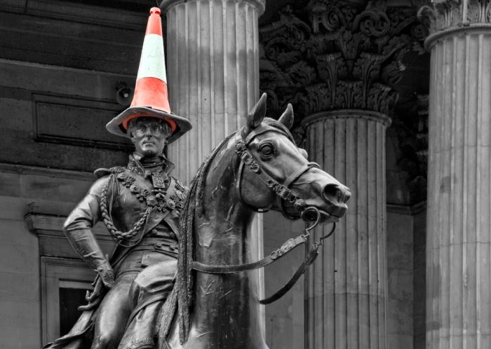 duke_of_wellington_traffic_cone_glasgow